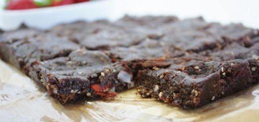 Raw Brownies & Strawberries