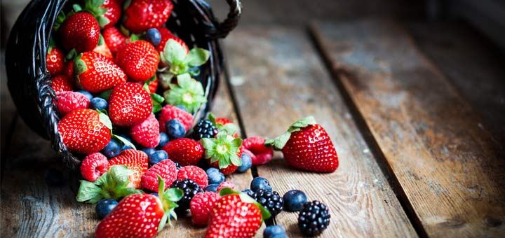Raw Vegan Condiments You Can Make With Fresh Berries
