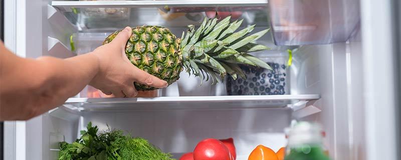 pineapple-in-fridge