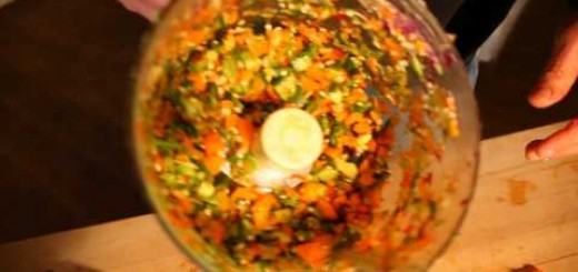 Brad's Raw Chips – Making Salad – Raw Foods