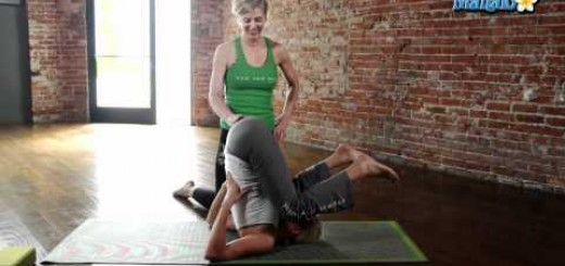 Yoga for Your Neck – Knees to Ears Pose