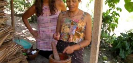 Recipe for Raw Food Jungle Salad by Ta with Jennifer Thompson, Thailand
