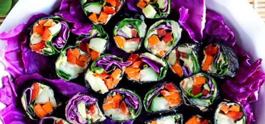 Raw Veggie Sushi Rolls With Homemade Hummus