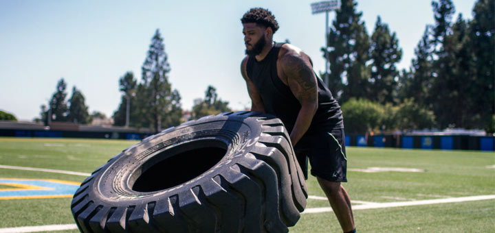 Vegan NFL Player Is Breaking The Beefy Stereotype