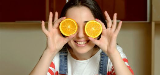 7 Fruits & Vegetables That Have More Vitamin C Than Oranges