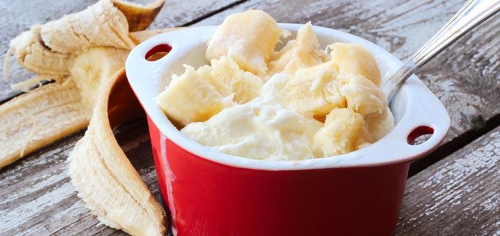 Creamy Banana Ice Cream (Raw & Vegan)