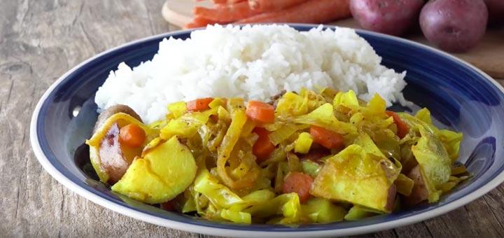 Ethiopian Cabbage Dish: Tikel Gomen