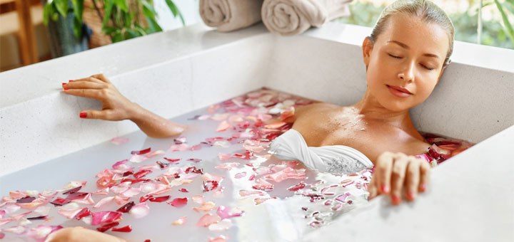 8 Things You Can Add To Your Bath To Rejuvenate Your Skin