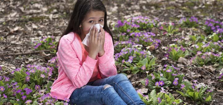 Natural Remedies To Help You Through Allergy Season