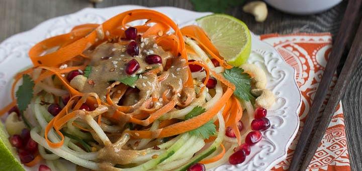 spiralized-thai-noodle-salad
