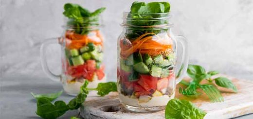 Raw Rainbow Power Salad To Boost Your Energy