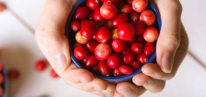 Here's Why You Need To Be Eating Cranberries