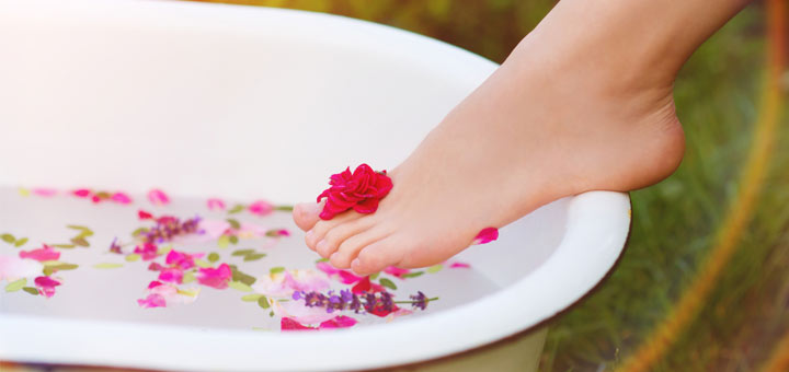 Soak Your Feet In This To Help Detox Your Body