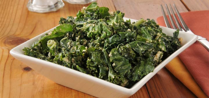 A Super Easy Kale Salad With A Lemon Vinaigrette