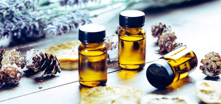 The Best Essential Oils For Calming Stress & Anxiety