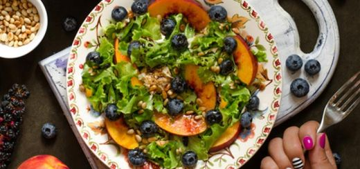 Nectarine Salad With A Smoked Paprika Dressing