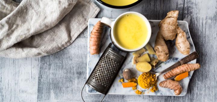 How Turmeric Tea Benefits Your Thyroid