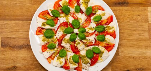 Cashew Mozzarella Caprese Salad
