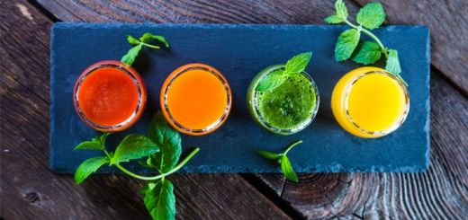 DIY Detoxifying Apple Cider Vinegar Shots