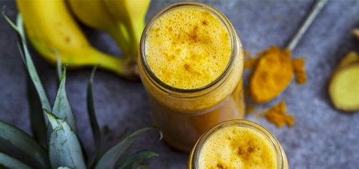 Golden Pineapple Turmeric Smoothie