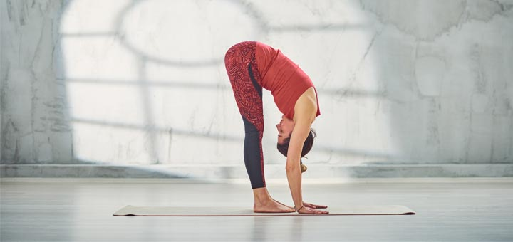 5 Yoga Poses To Get Rid Of Belly Bloat