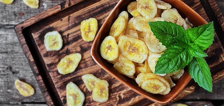 Healthy Snack Alert: Baked Plantain Chips