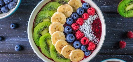 Berry Banana Breakfast Smoothie Bowl