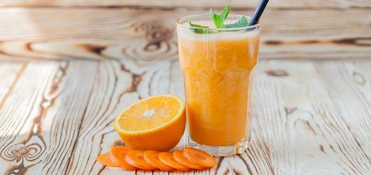 Antioxidant-Rich Orange Carrot Smoothie