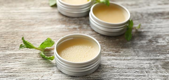DIY Anti-Itch Bug Bite Balm With Essential Oils
