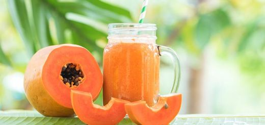 Tropical Papaya Passion Smoothie