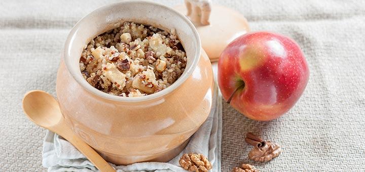 Cinnamon Apple Quinoa Breakfast Bowl