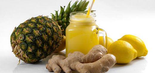 Detoxifying Lemon Ginger Smoothie