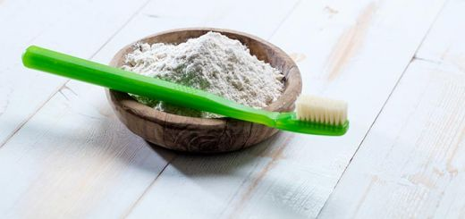 Homemade Tooth Powder To Whiten Your Teeth