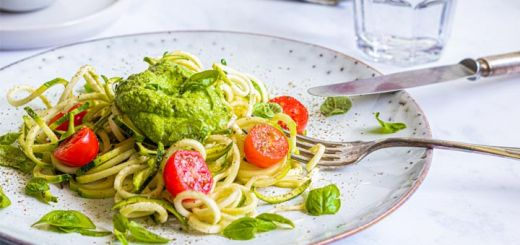 Zucchini Noodles With Avocado Kale Pesto