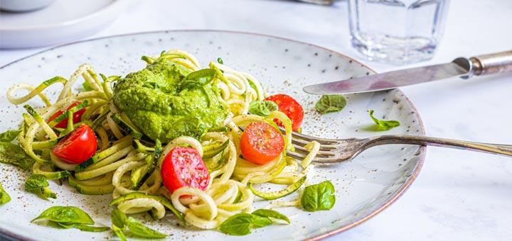 Zucchini Noodles With Avocado Kale Pesto