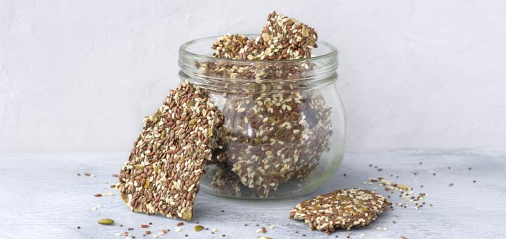 Everything Bagel Dehydrated Flax Crackers