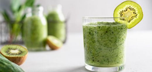 Apple Kiwi Superpower Smoothie