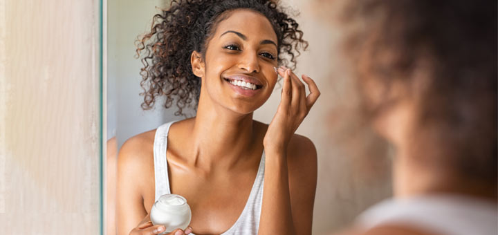 DIY Moisturizing Salve To Combat Dry Skin This Winter