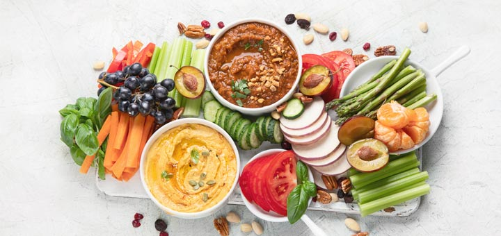 5 Winning Raw Vegan Recipes For Your Game Day Spread
