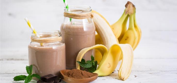 Raw Vegan Chocolate Banana Smoothie