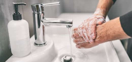 DIY Moisturizing Hand Soap
