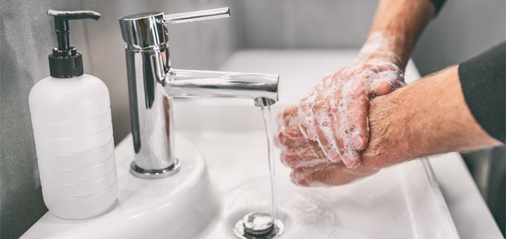 DIY Moisturizing Hand Soap