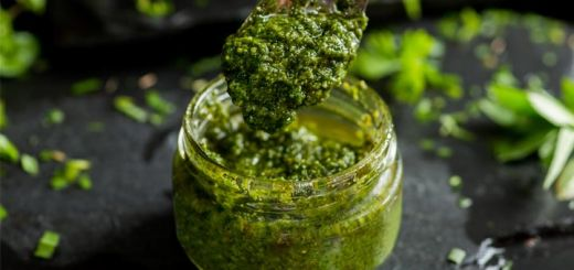 Easy Peasy Green Pea Pesto
