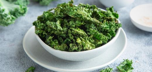 Crispy Air Fryer Kale Chips