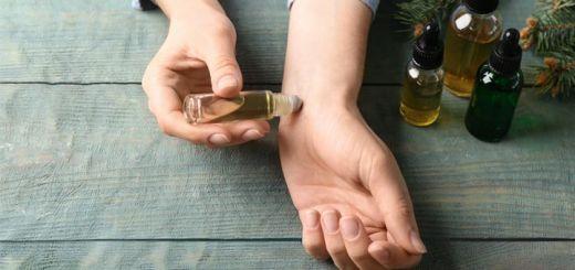 DIY Essential Oil Blend For Adrenal Fatigue