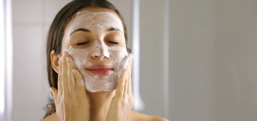 Homemade Face Mask To Help Tighten Your Skin