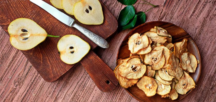 Raw Vegan Cinnamon Pear Chips