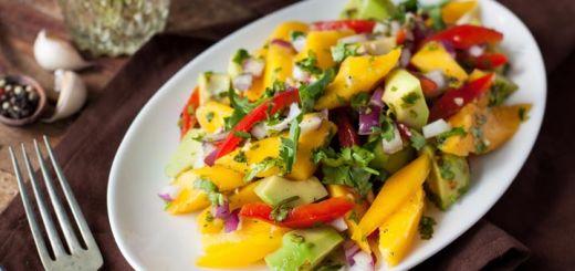 Avocado Mango Salad With Tomatoes